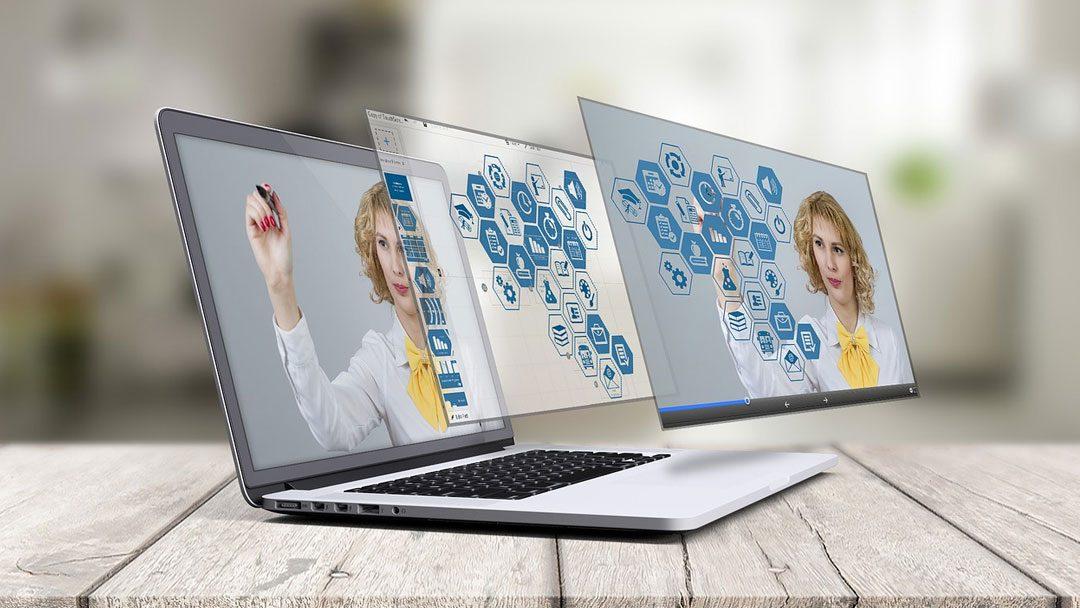 Retake control of your social web! Domain forwarding